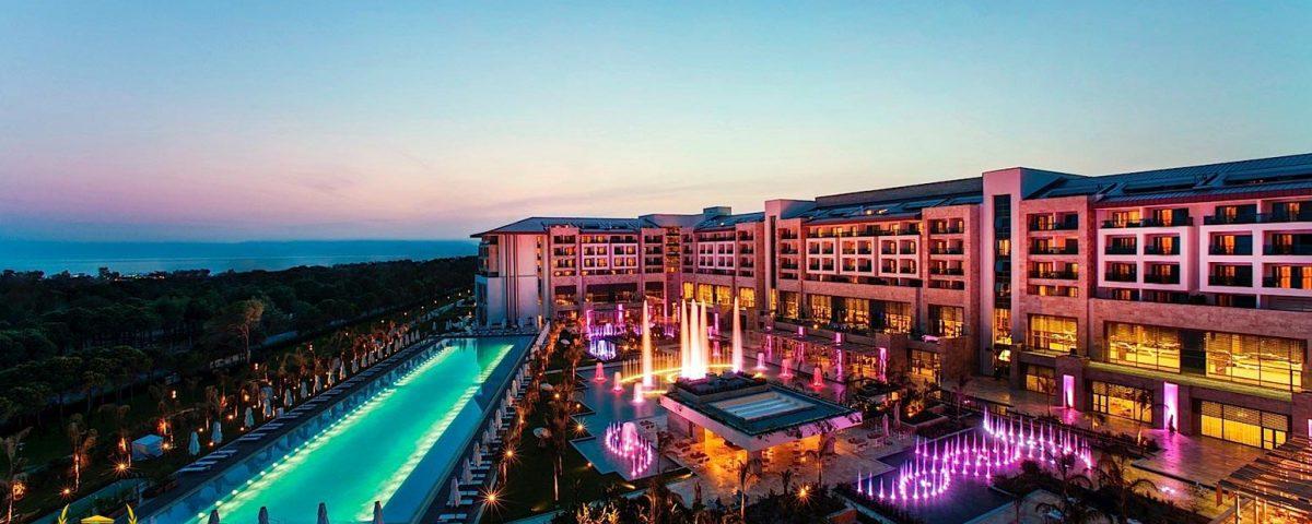 هتل باشکوه رگنوم کاریا آنتالیا