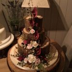 کیک سه طبه با طرح گل