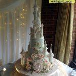 کیک با طرح قصر و گل