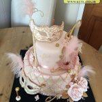 کیک بالماسکه صورتی جذاب
