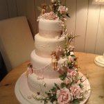 کیک چهارطبقه گل برجسته زیبا