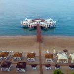 عروسی کنار دریای مدیترانه